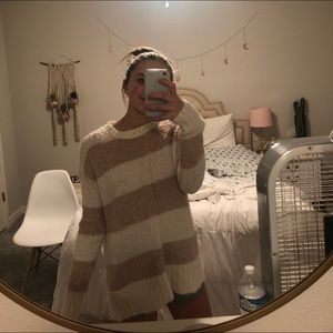 ⚡️pink and white striped sweater